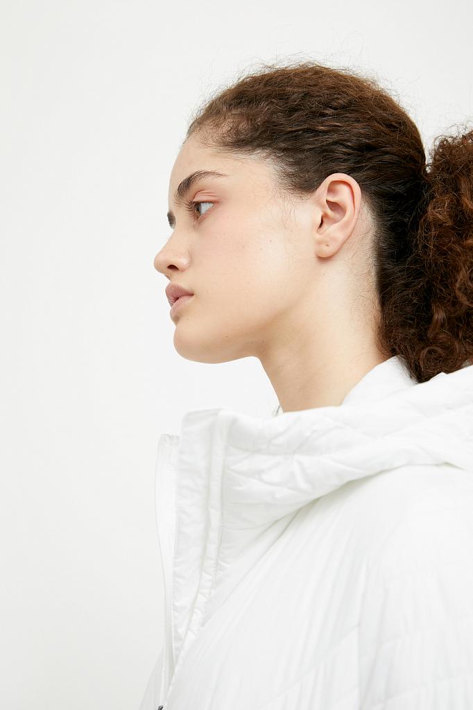 Фото 17 - Пальто женское белого цвета