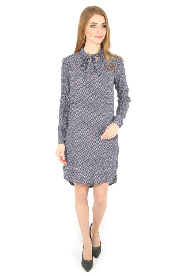 Фото 6 - Платье женское серого цвета