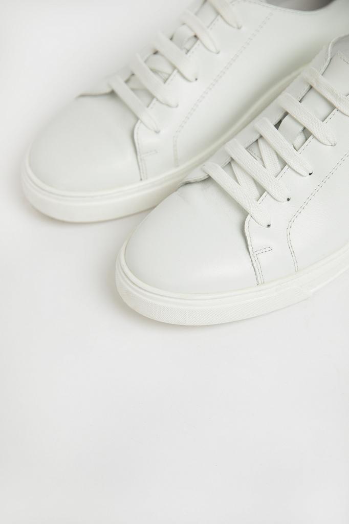 Фото 4 - Полуботинки женские белого цвета