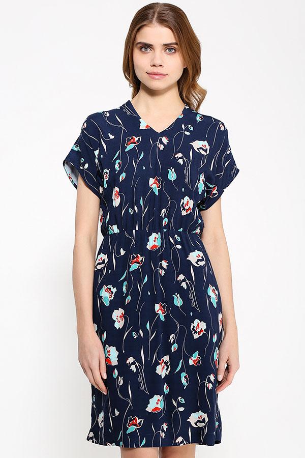 Фото 3 - Платье женское светло-бежевого цвета