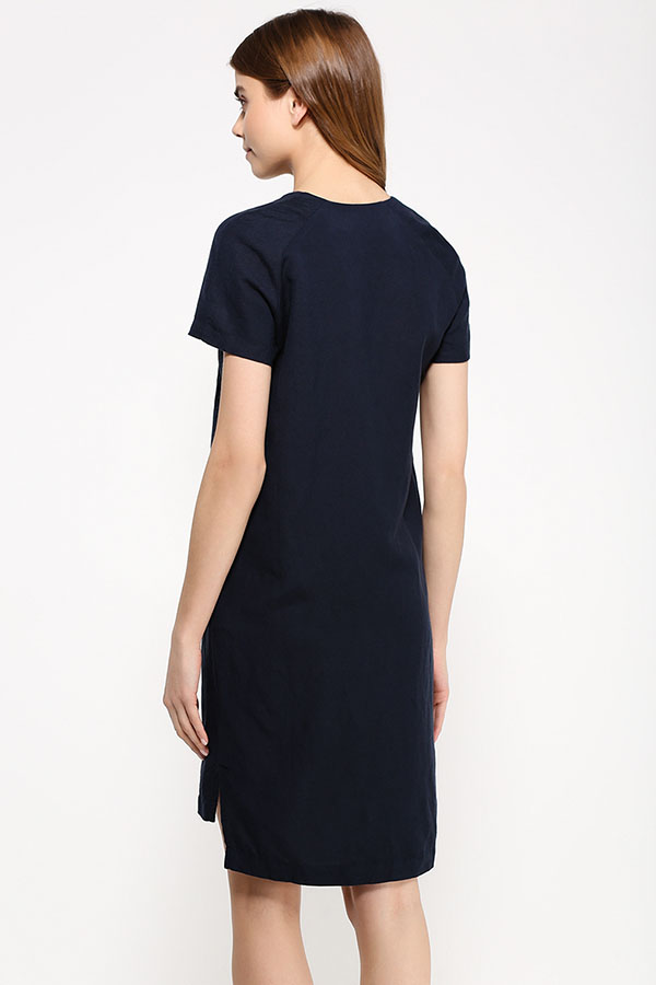Фото 12 - Платье женское молочного цвета
