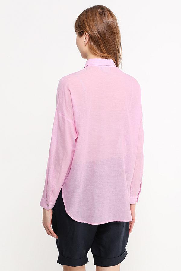 Фото 8 - Блузку женская пионово-розового цвета