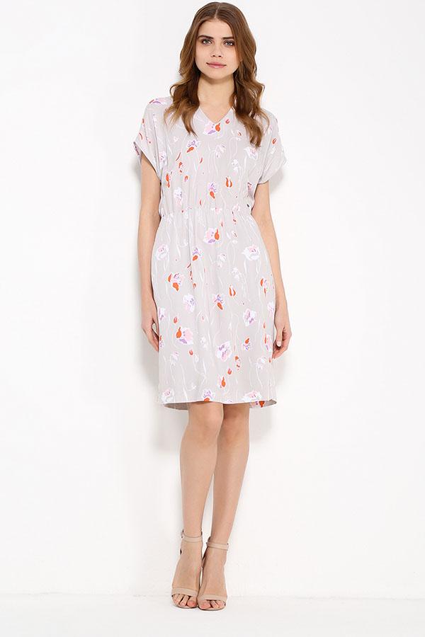 Фото 6 - Платье женское светло-бежевого цвета