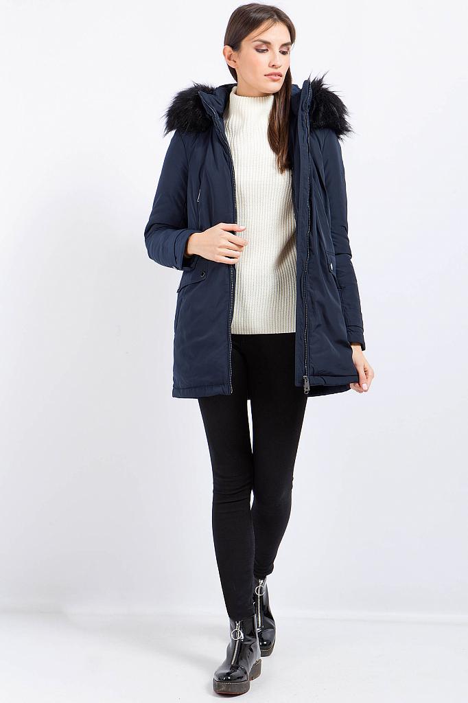 Фото 11 - Куртку женская черного цвета